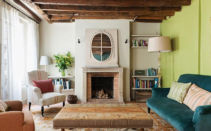 A small but perfectly formed Paris bolthole