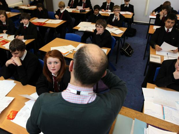 Minimum £30,000 salary would force half of overseas teachers to leave Britain, union warns
