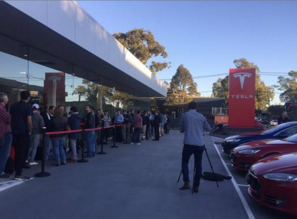 Elon Musk: Tesla Model 3 received 232K orders in less than 24 hours