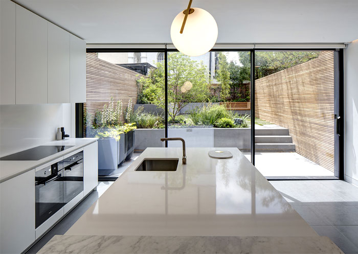 Modern Minimalist House with Secluded Courtyard by Amrita Mahindroo