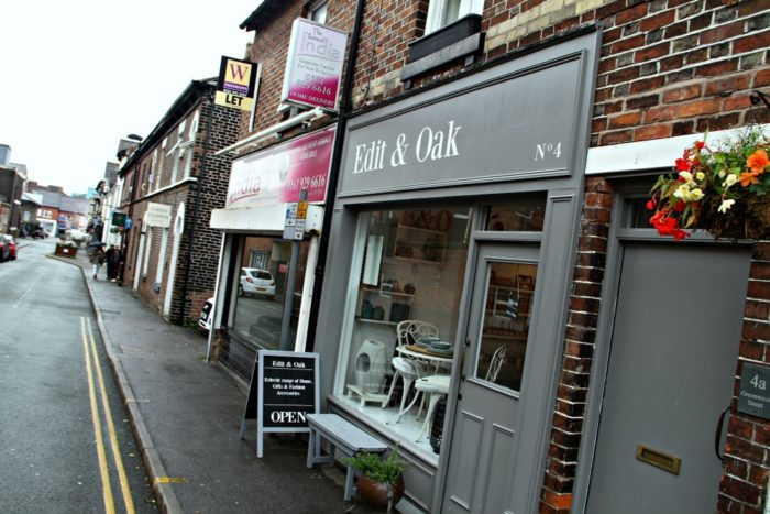 Altrincham boutique Edit & Oak unveils new summer-themed collection