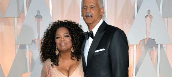Oprah Winfrey, partner Stedman Graham cozy up in rare photo