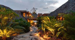 Beach Villa on the Pacific Coast by Bernardi and Peschard Arquitectura