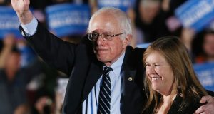 Jane Sanders defends Clinton from Trump 'innuendo' over her health
