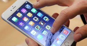 Android users are more humble, honest than iPhone owners: Study