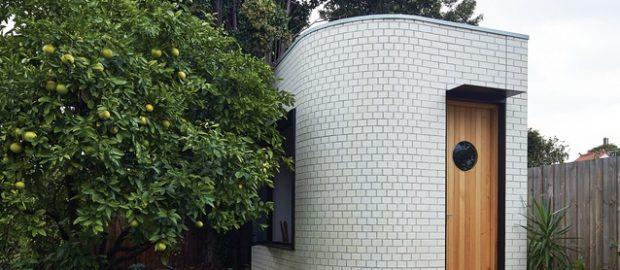 Aligning the Art Deco chakra: Backyard Yoga Studio