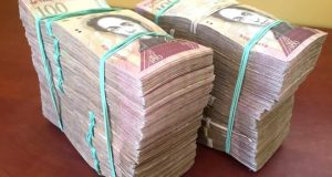 Why you need sackfuls of banknotes to shop in Venezuela